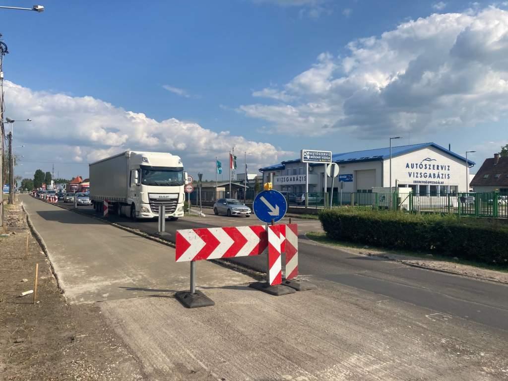 Még 2 km és kész az 53-as út Soltvadkert-Kiskőrös közötti felújítása
