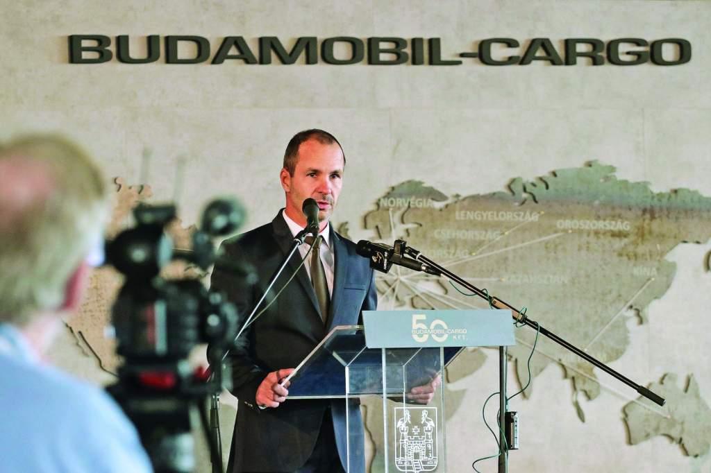 Extrakönnyű pótkocsi gyártását készíti elő a Budamobil Cargo