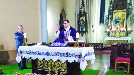 Mézszentelő misét tartottak