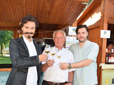Petőfi is nagyra értékelte a Szentpéteri borokat