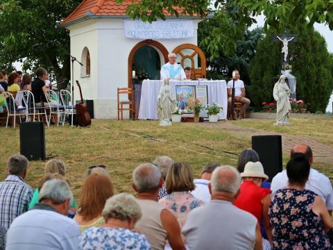 Kétszáz hívő a dusnoki Feketi búcsún – Nyugdíjba vonul Kistamás István plébános